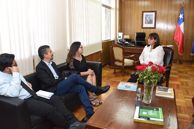 Intendenta de Arica recibió a directiva regional del Colegio de Periodistas de Chile
