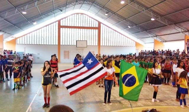 Secretarias de Educação e Esporte promovem a abertura oficial do Torneio Intercolegial de Futsal em Mata Roma