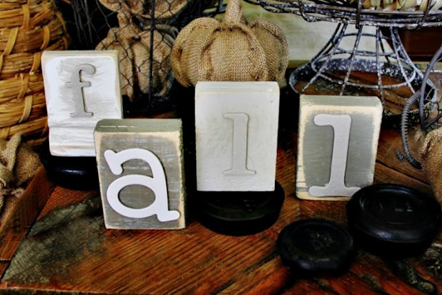 These distressed DIY wood block letters are a great fall decor project from Thistlewood Farms