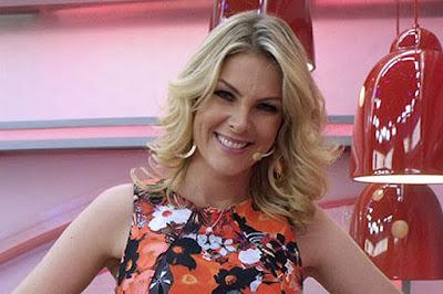 A apresentadora Ana Hickmann sofreu um atentado de um fã na tarde deste  sábado, em Belo Horizonte. O malucoide, um fã encanizado de Ana, invadiu o  hotel ... c7ea89cfd7
