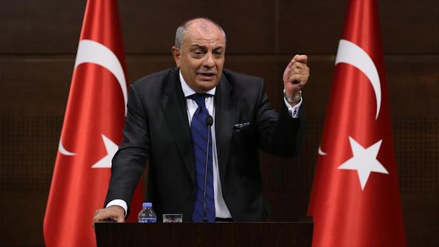 Holanda impide otra vez entrada a su suelo de políticos turcos