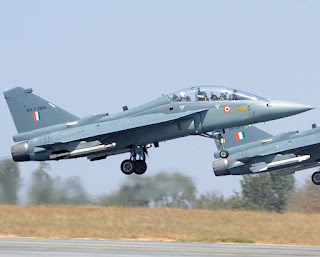 First wet mid-air refuelling of LCA Tejas successfully carried out