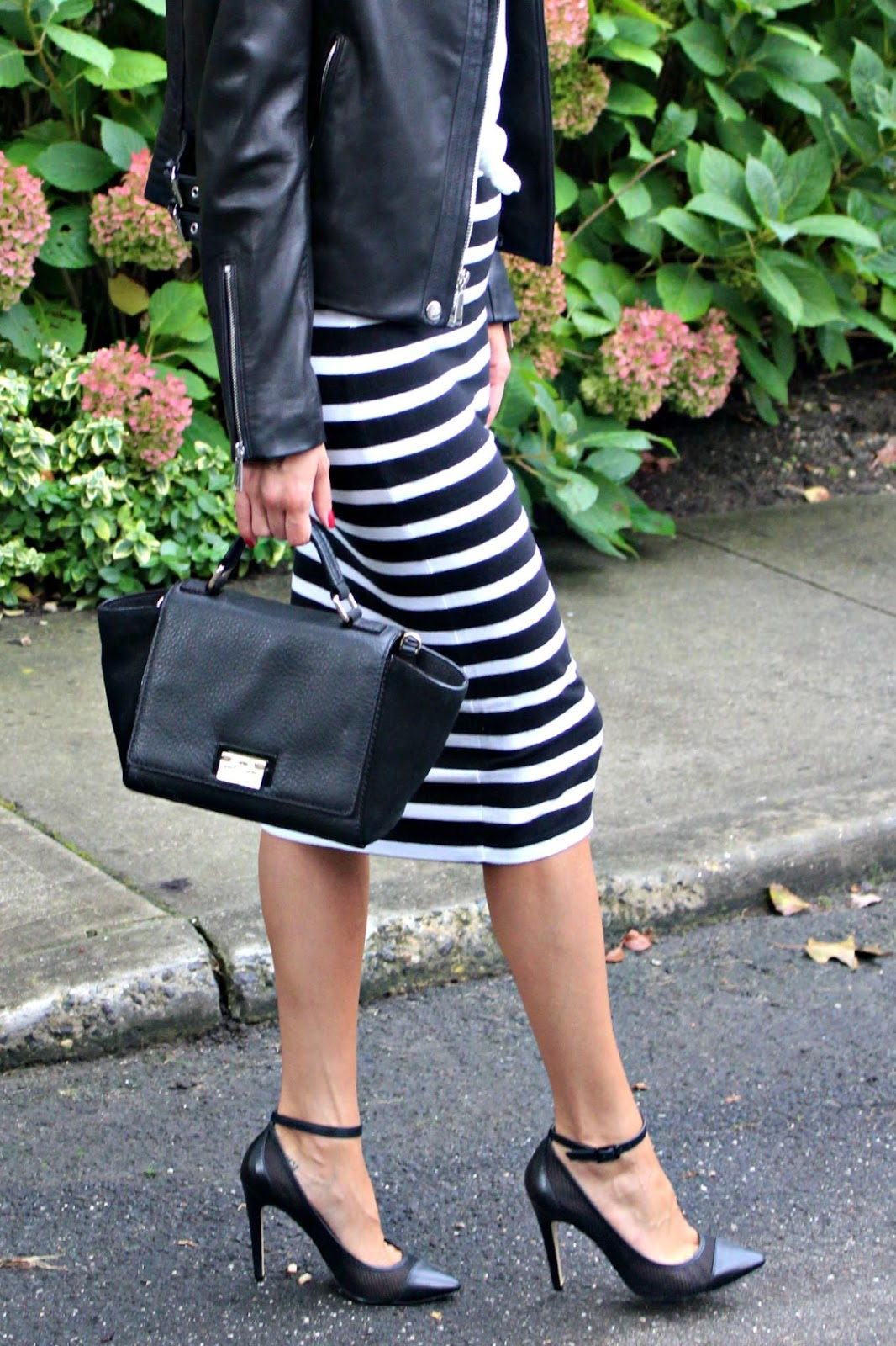 express striped midi skir