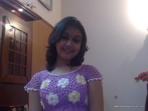 Cute Bangladeshi School Girl-7108