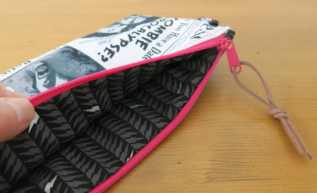 Luna Lovequilts - Color block pouch by sotak handmade - Libs Elliott print for the lining