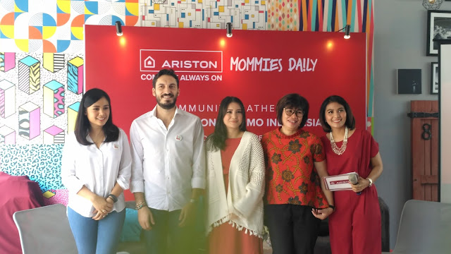 Community Gathering Ariston Thermo dan Mommies Daily