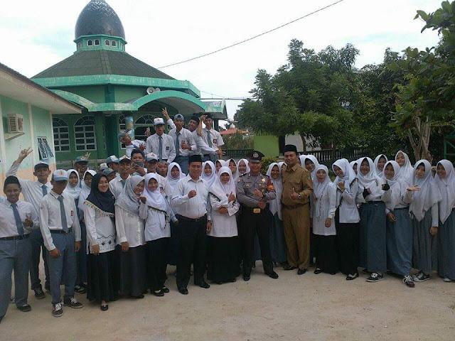 Madrasah Aliyah Amanatul Ummah Belakang Padang