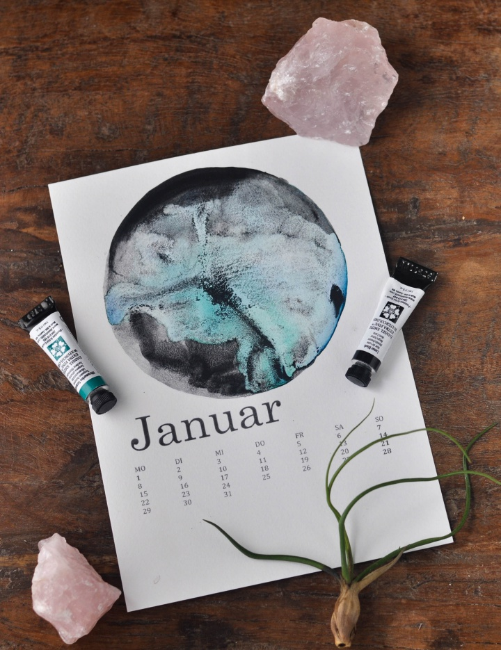 DIY Calendar with watercolor moon