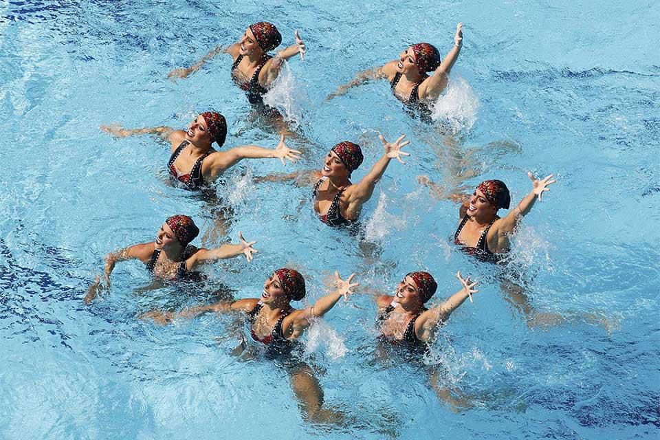 As brasileiras ficaram na sexta colocação na final do nado sincronizado por equipes. Foto: Reuters/Athit Perawongmetha/Direitos Reservados