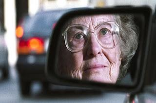 Existe uma idade para parar de dirigir?