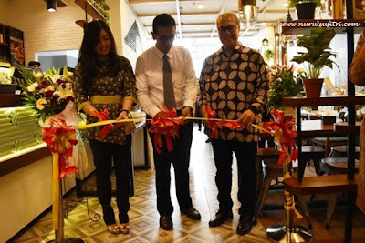grand opening oldtown white coffee cafe de entrance arkadia green park jakarta indonesia review kuliner kopi makanan peranakan malaysia nurul sufitri mom lifestyle blogger