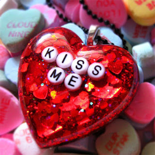 happy kiss day pics