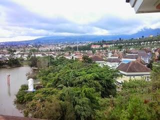 6 Daftar Sewa Villa Murah di Puncak 2018 Harga 300 Ribu-an yang Ada Kolam Renang