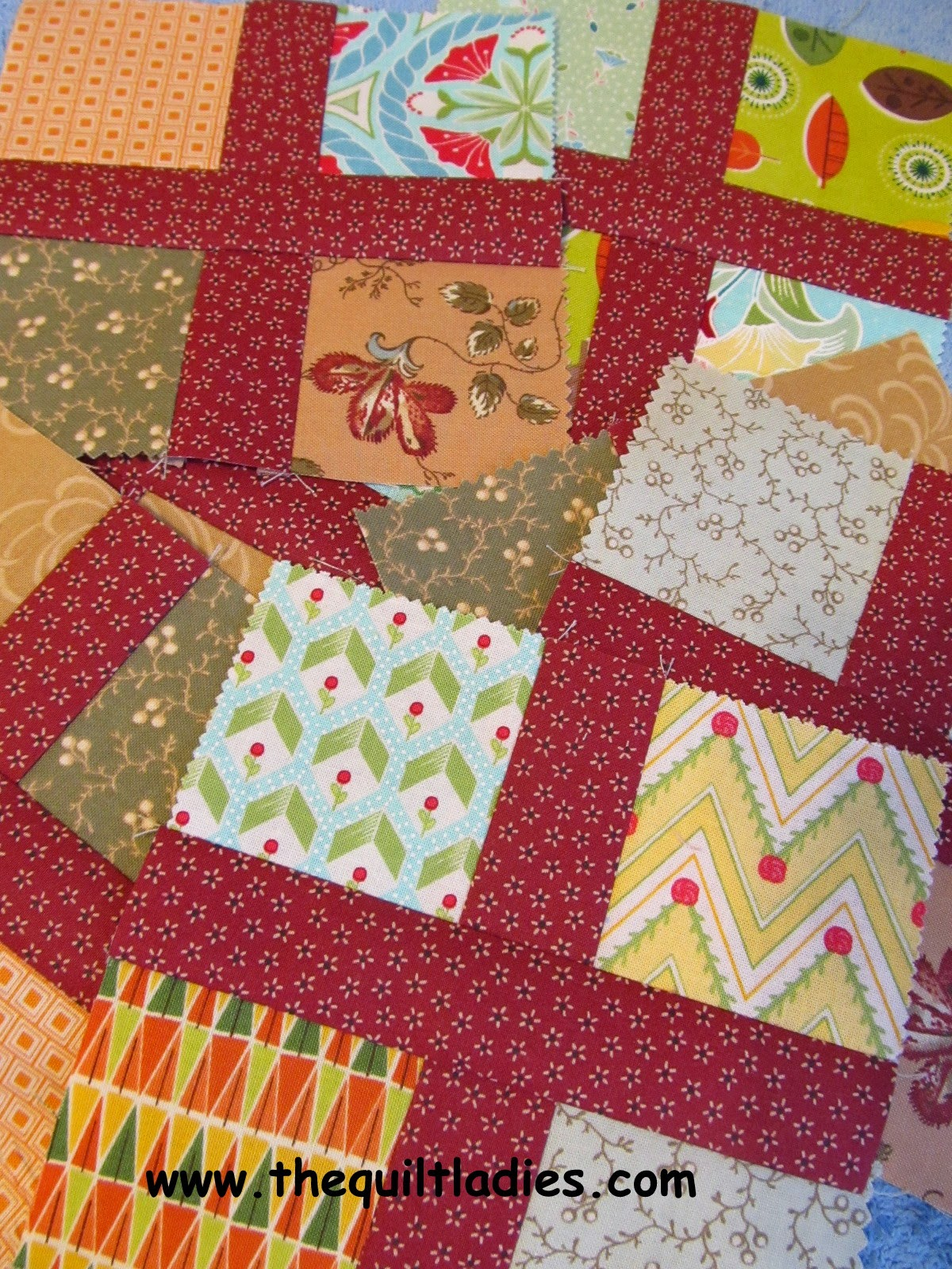 make a floating square quilt top