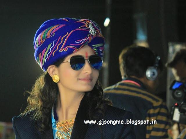 Geeta Rabari Photos Pics wallpaper images