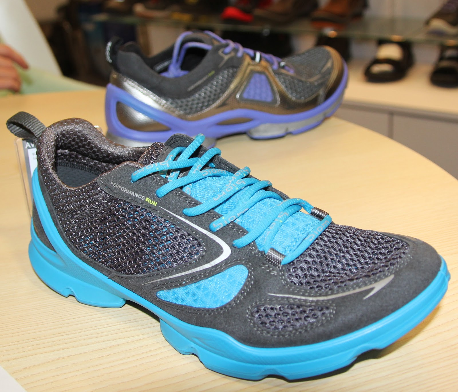87d066802dc5 BIOM EVO RACER breathable mesh-Performance Run ---minimalistic with some  support