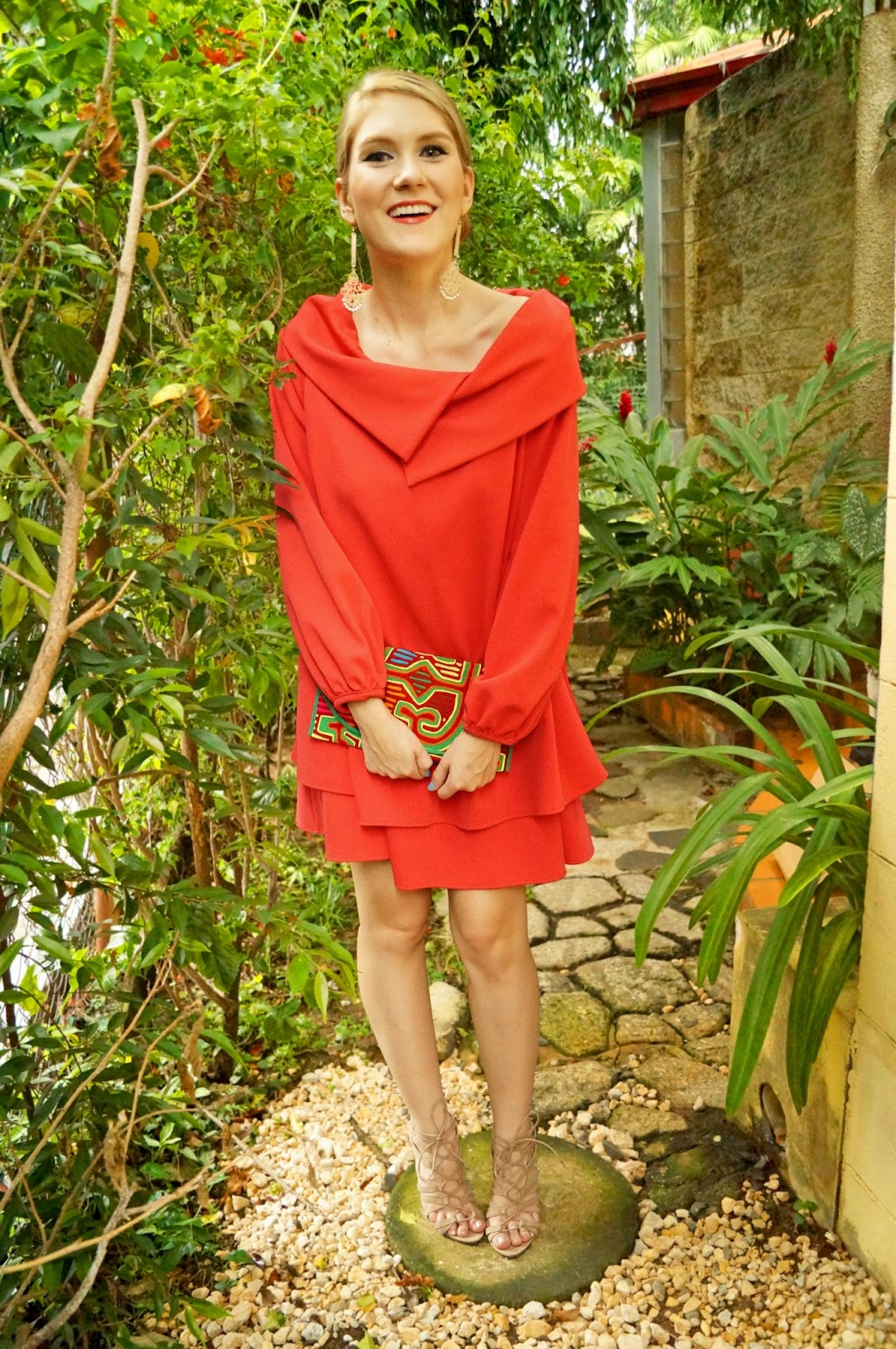Chic way to wear Panamanian Molas!