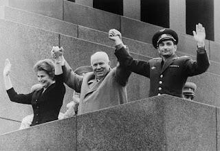 Bykovsky e la Tereshkova con Kruscev a Mosca.