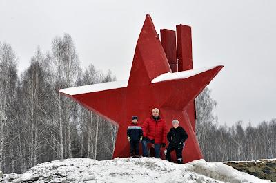 Федор Бездуховный и сыновья. Чебаркуль 2016.