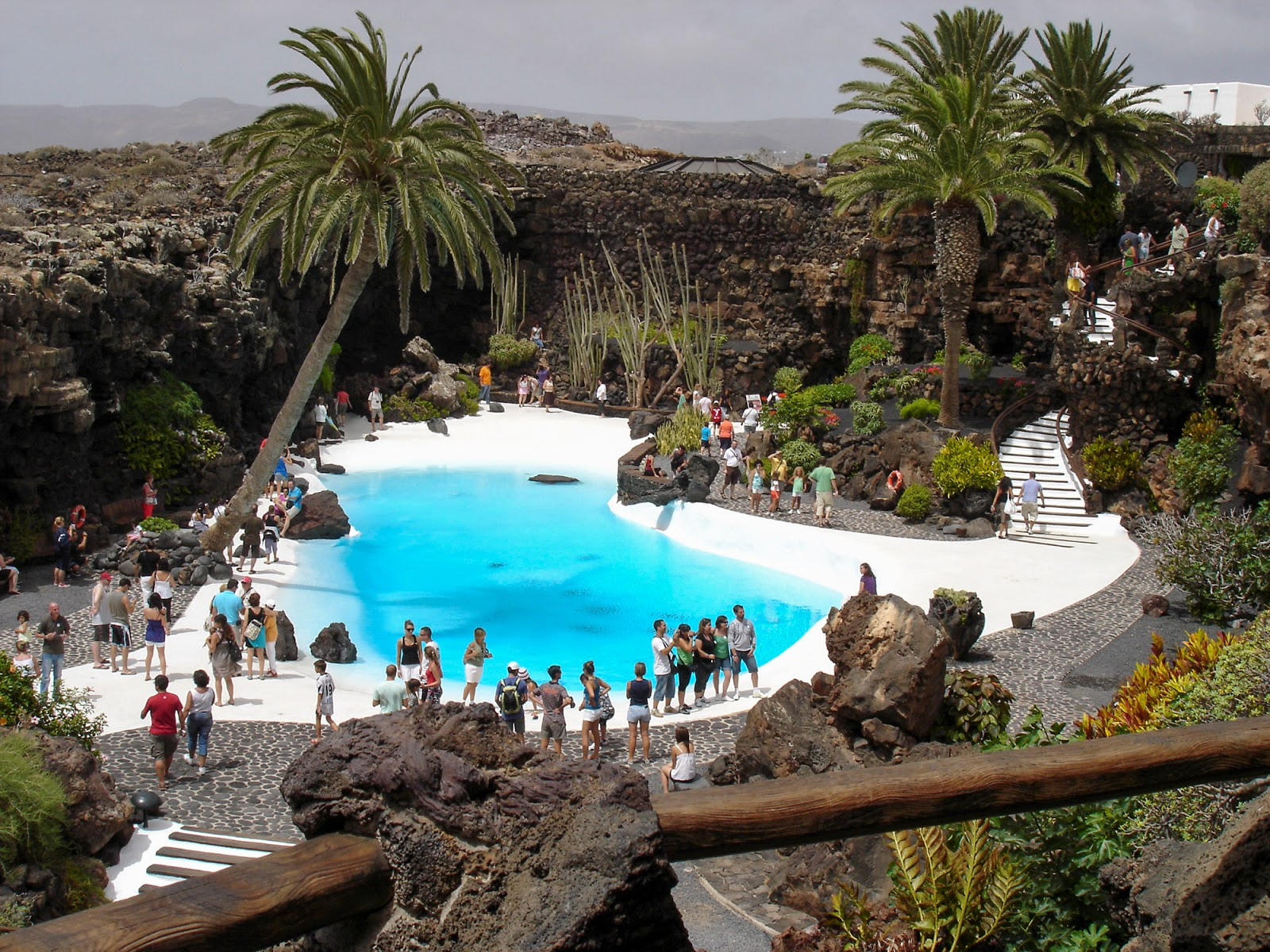 instagram worthy spots places spain instagrammable lanzarote jameos