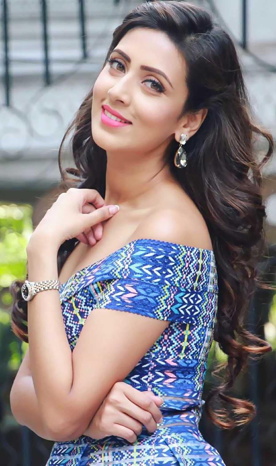 Bidya Sinha Saha Mim Biography Photo Video Magone 2016