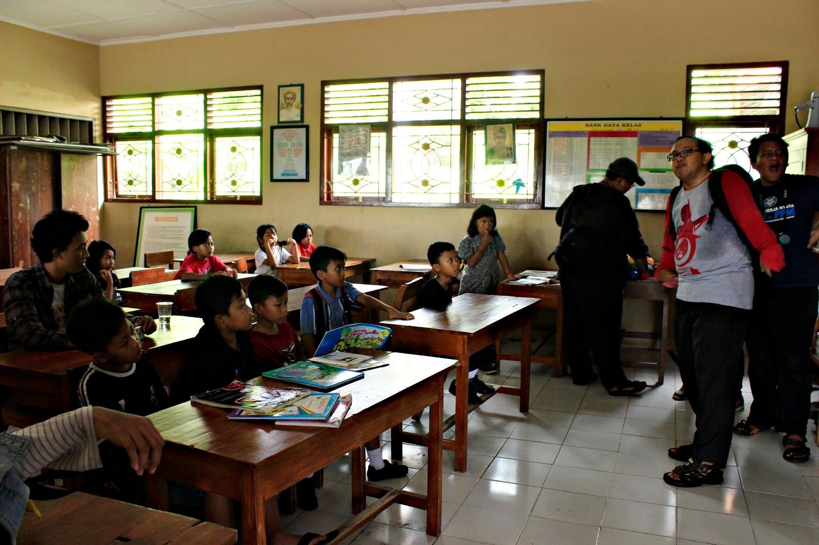 pos baca sekolah berjalan book for mountain sd sribit bambanglipuro bantul