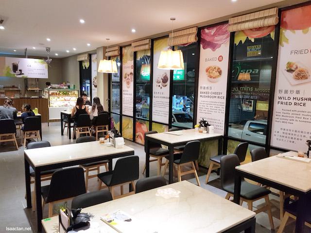 Mama Kim Cafe