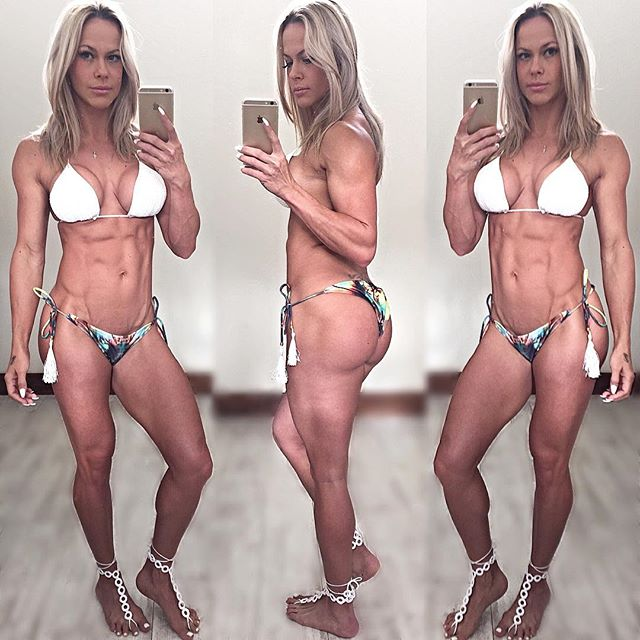 Queen WBFF Jenadine Havenga