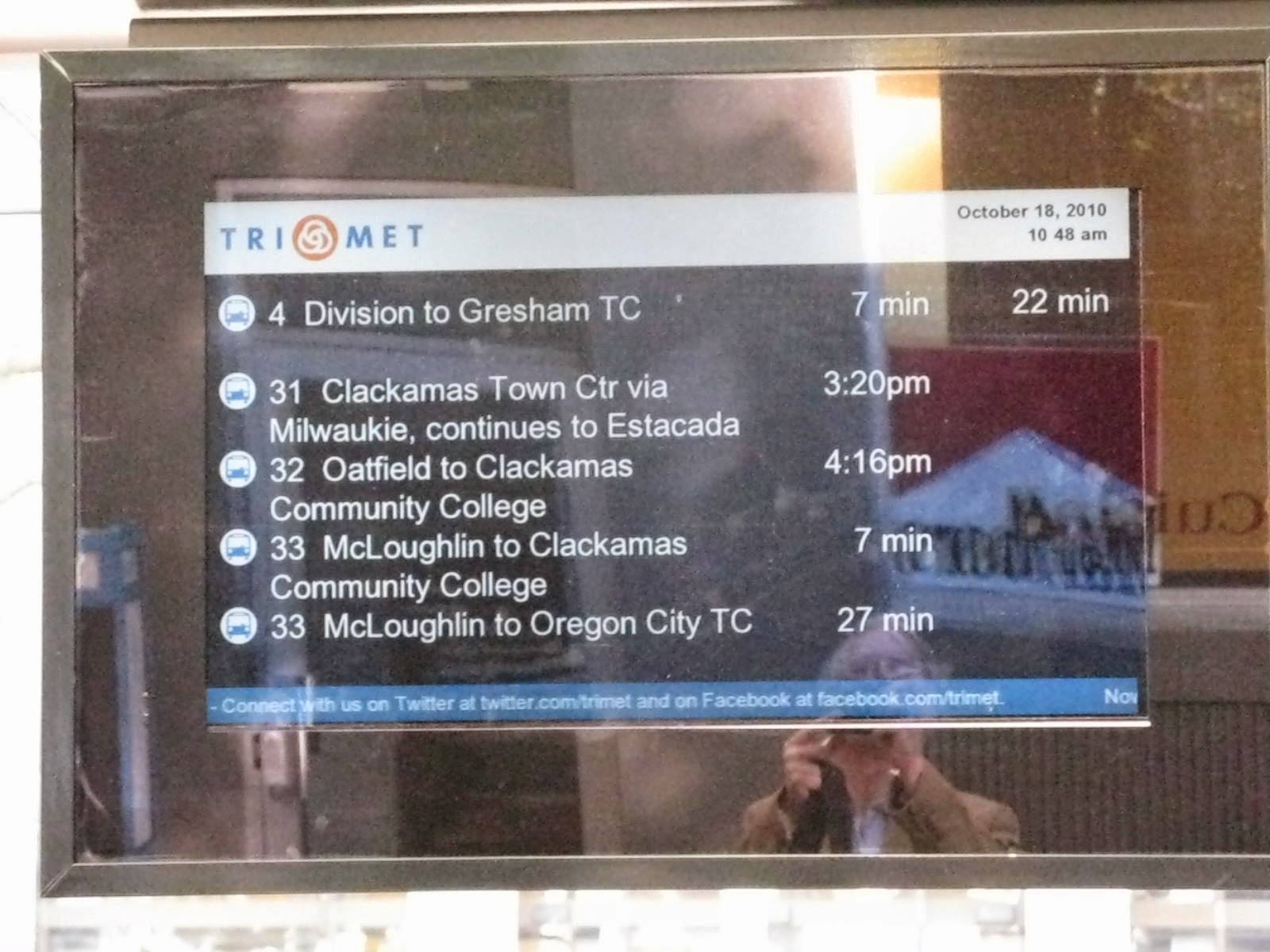 Real time bus arrival signs in Portland, OR bus stop