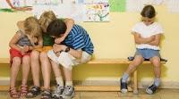 El acoso escolar puede parecer solo aislamiento