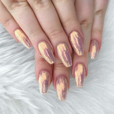 Imagens de unhas com pedrinhas de strass