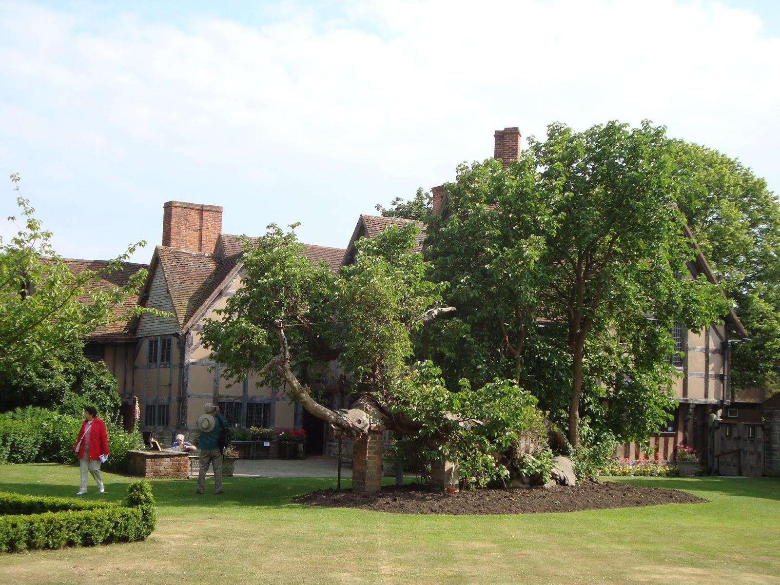 Hall's Croft Graden