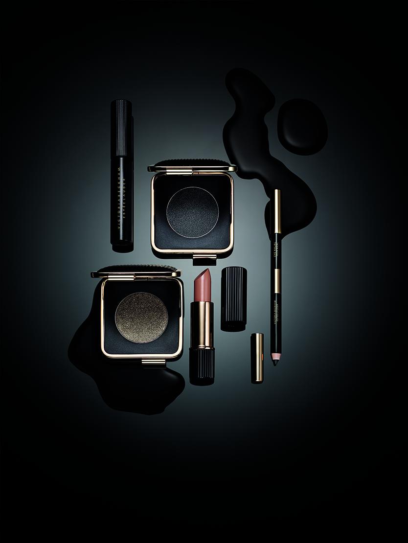 estee lauder, beauty, makeup, muotd, bblog, bblogger, beautyblogger, Victoria Beckham, yeliner, mascara, foundation, blusher, eyepalette, eyemakeup, eyeshadow, lipstick,  LaVieFleurit.com,