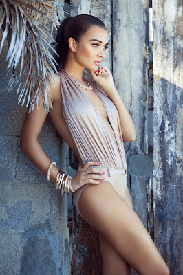 Breaking News. beautiful-amy-jackson-HD-wallpapers.