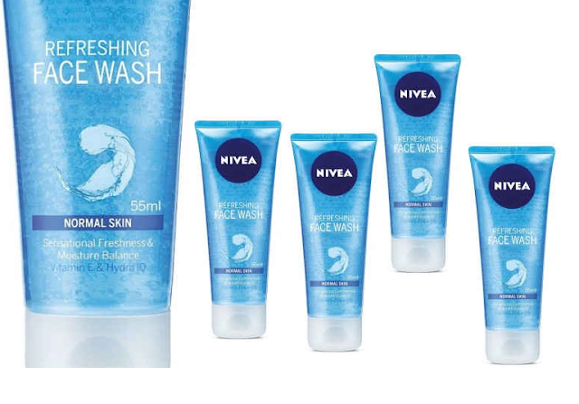 Nivea Aqua Effect Refreshing Face Wash for dry skin