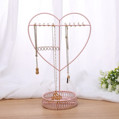 Getting to know the metal heart shape jewelry display organizer.
