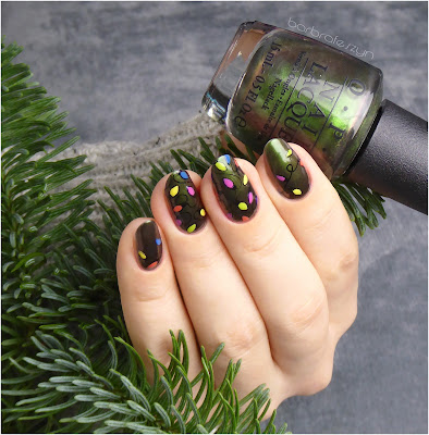 OPI #green on the runway