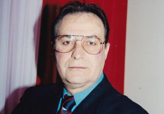 Ο Αναπλιώτης Γιάννης Μακρής με τον συνδυασμό του Δημήτρη Κωστούρου  (για το τοπικό Δημοτικό Συμβούλιο)