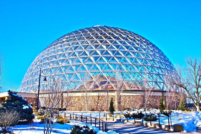 Best Aquariums in the USA: Henry Doorly Zoo and Aquarium