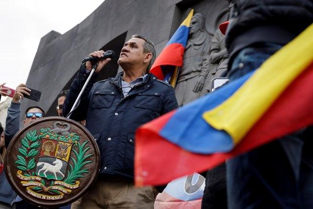 Padre del Presidente Juan Guaidó acudió a una concentración en Tenerife