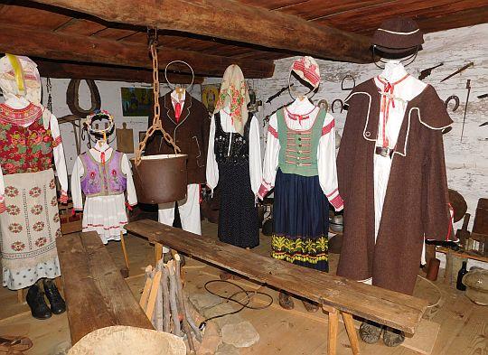 Ekspozycja Muzeum Kultury Łemkowskiej w Olchowcu.