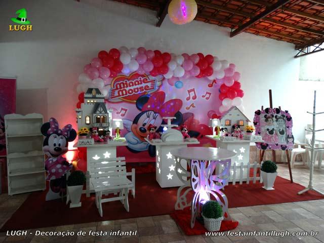 Decoração de mesa temática provençal Minnie Rosa para festa de aniversário infantil feminino