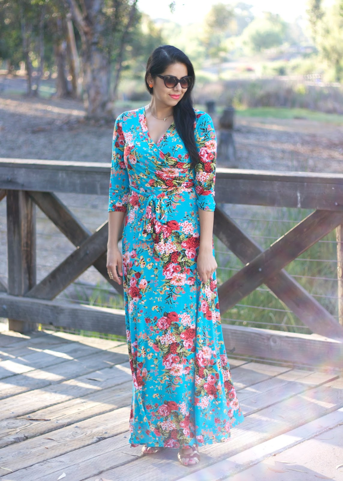 Floral and Flattering Maxi Dress, San Diego Style Blogger, San Diego Fashion blogger, san diego fashion, brunette blogger, what to wear to a baby shower, what to wear to a bridal shower