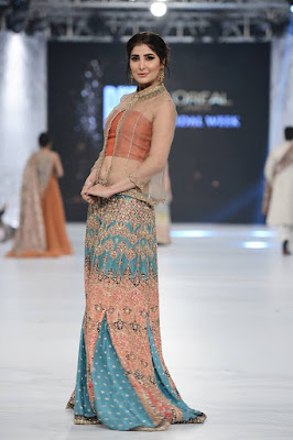 shiza-hassan-traditional-bridal-dress-collection-at-pfdc-l'oréal-paris-bridal-week-2016-17