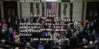 31 Seconds Of The Healthcare Vote That Shows Why People Hate Politics