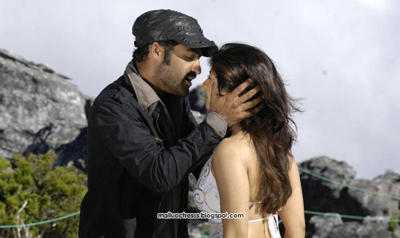 Malayalam Actress Pokkiri Paiya Movie Stills-9860