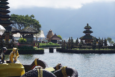 Wisata Danau di sekitar Pura Ulun Danu Bratan, Bedugul Bali