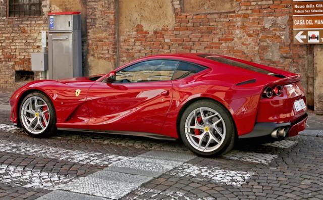 2018 Ferrari 812 Superfast Review