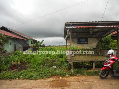 TANAH : Sebidanh tanah kami ini sudah laku terjual. Dahulu ada rencana bangun sendiri namun akhirnya mengambil rumah KPR Insya Allah  Foto Asep Haryono