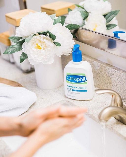Cetaphil Gentle Skin Cleanser - pembersih muka pilihan